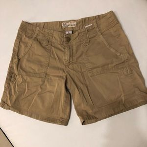 Lucky brand shorts women's 26 cotton beige
